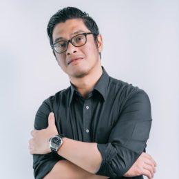 PARTNER | STUDIO DIRECTOR